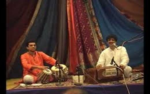 dr-arun-apte-performs-raga-bhairavi